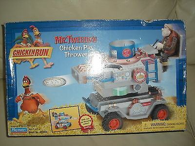 Vintage complete Collectible Chicken Run Mr Tweedy's Chicken Pie Thrower