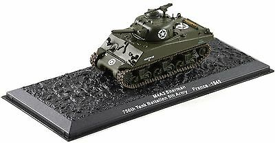 M4A3 Sherman tank 1945 1-72 scale new in case sealed