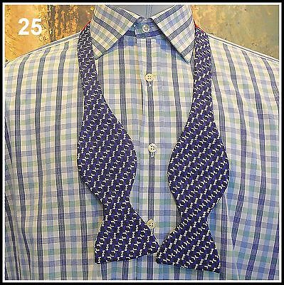 TURNBULL & ASSER Vintage silk BOW TIE blue and white self tie (25)
