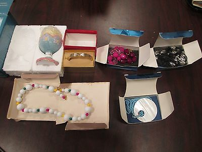 Lot of 23 AVON Accessories Mostly Jewelry