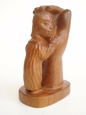 WOOD CARVING - HAND WITH CHILD - 140mm high