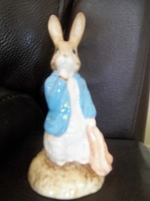 Beswick Beatrix Potter Figure Peter and the Red Pocket Handkerchief.