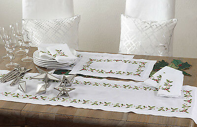 Saro Holiday Holly Embroidered Placemat Set of 4