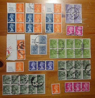 QE11 Machin Booklet Stamps and blocks