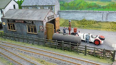 O16.5 Narrow Gauge Station Garage and Accessories