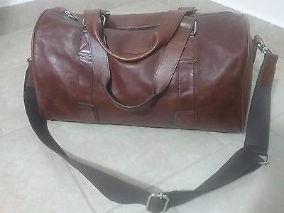 Fossil Brand Brown Leather Duffle Bag Shoulder Strap Excellent Overnighter Gym