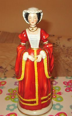 """FIGURINE HENRY VIII WIFE ANNE OF CLEEVES  it has H.T. stamp   8"""" high"""