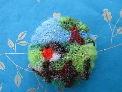 Needle felted brooch  Robin on the Fence
