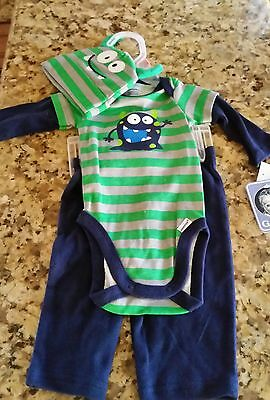 NEW 0-3 months gerber baby boy outfit
