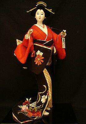 "18""  H MARKED Kotobuki Kiyo Zo JAPANESE OYAMA DOLL EMEROIDERY KIMON0 W/ STAND"