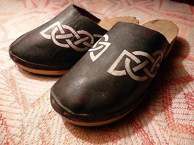 Vintage 'CELTIC KNOT CLOGS' Traditional 100% LEATHER WOODEN Shoes Mules Antique
