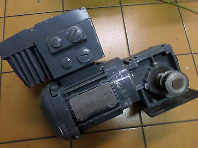 SEW EURODRIVE - INVERTER MOTOR and GEARBOX -- 0.37kW WA20DRS71S4/MM03 --16.5:1