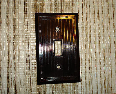 VINTAGE Sierra  Brown BAKELITE  RIBBED Art Deco  Boarder Light switch COVER