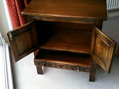 Credence Cabinet in solid oak