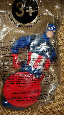 Marvel  Heroes In Action Captain America Figure Kids Meal Toy fr Taco Bell  2001