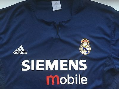 Real Madrid FC adult football shirt. Size small.