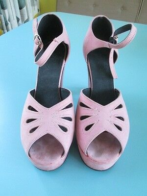 Pink Suede 1940's style Repro shoes Size 5