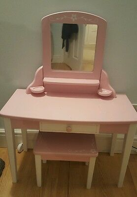 Childs dressing table