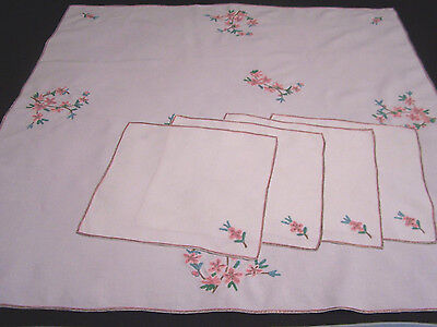 """Lovely Vintage French Tablecloth 44x43"""" POINT de BEAUVAIS  Embroidery 4 Napkins"""