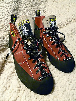 La Sportiva Men's Authentic Retro Climbing Shoes - Never Used (Red Size 44.5)
