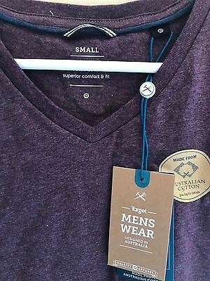 Mens T-Shirt Size Small