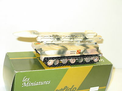 SOLIDO, Char russe PT 76 lance missile fusée FROG camouflage hiver , militaire