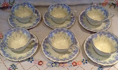 *6 X Beautiful Vintage Foley Bone China Cups And Saucers*