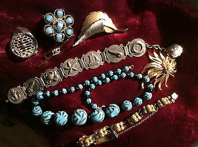 Collection Job Lot Of Vintage Jewellery Beads Brooches Bracelets