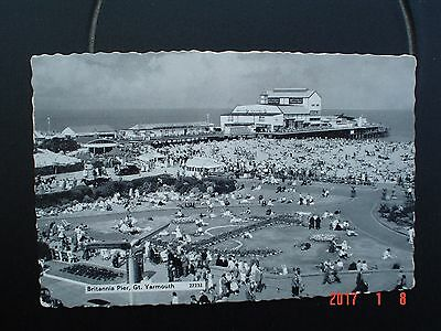 Postcard BW Britannia Pier Great Yarmouth Norfolk #2