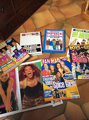 SPICE GIRLS LOT MAGS POSTERS PHOTOS +10 Maxi Cds + 3 VHS