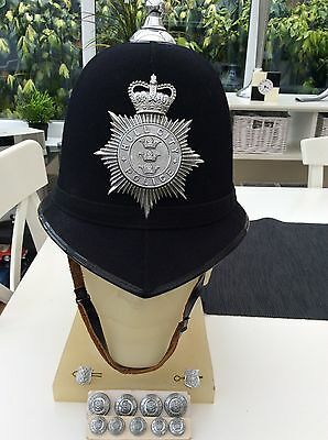 police helmet - Hull City Plus Tunic Buttons and Collar Dogs.