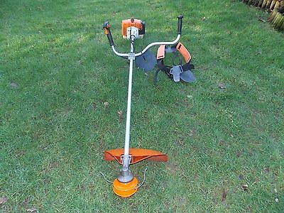 Stihl FS120 Petrol Brush Cutter with blade,strimmer end and harness