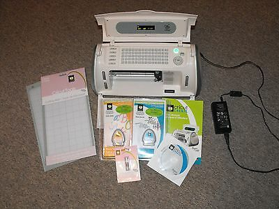 Cricut Create Model CRV20001