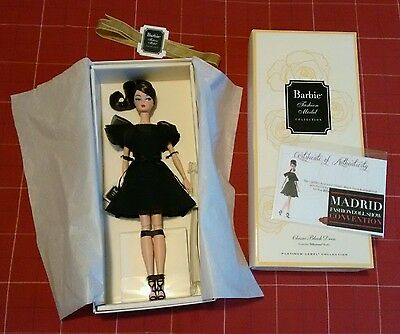 Barbie convention mfds 2016 madrid classic black dress