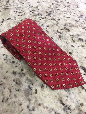 Brooks Brothers 100% Silk Men's Tie Red with Geomtric Pattern