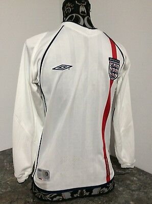 England football shirt in home colours to fit child