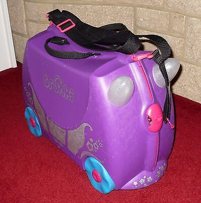 Trunki 'Penelope' Princess Carriage Purple Ride On Pull Along Childrens Suitcase