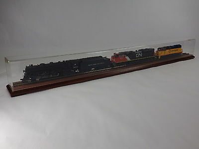 """36"""" HO Train Display Case with Wood Base - Cherry Finish-Includes Track"""