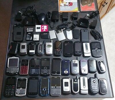 Lot of 30 Phones Smartphones for Parts / Repair - Samsung LG Blackberry, & MORE