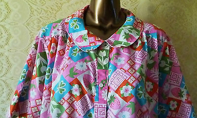 Cute Vtg 1960's Pink House Coat  w/ Strawberries and Clovers & More, Large