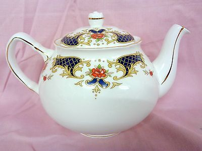 Duchess Westminster 2 Pt Tea Pot Unused Part Of Large Collection Selling