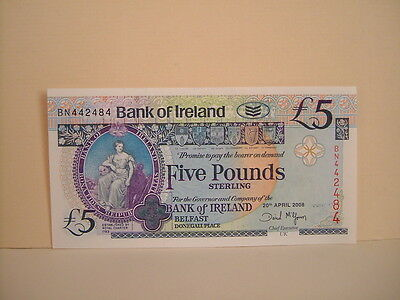 Bank Of Ireland £5 / Five Pound Note . Consecutive Numbers / Uncirculated 2008 .