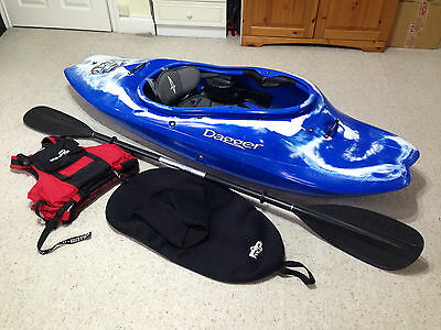Dagger G-Force 6.1 Kayak | Play Boat, Flat Water | inc Paddle, Spray deck etc