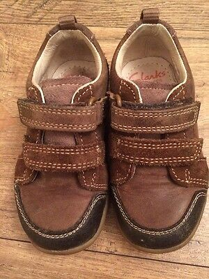 Clarks Boys First Walkers Shoes Size 4.5 Leather Hard Soles