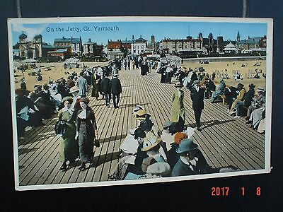 Postcard On The Jetty Great Yarmouth Norfolk