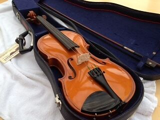 "Andreas Zeller full size (23"") Violin with bow & case.  Excellent condition."