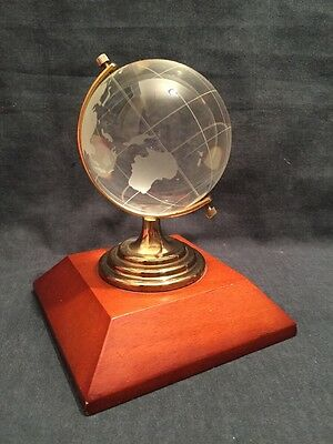 Vintage Crystal Globe On Stand (ref P770)
