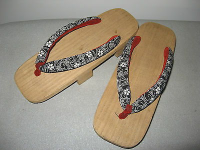 geta chaussures traditionnelles du japon
