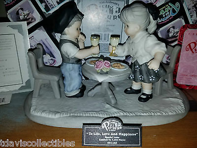 TO LIFE LOVE HAPPINESS ~ Having Dinner ~ Kim Anderson Pretty As Picture 681105