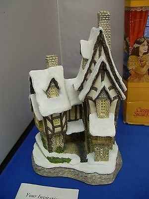 David Winter   'fred's Home'   1991  Xmas  Cottage